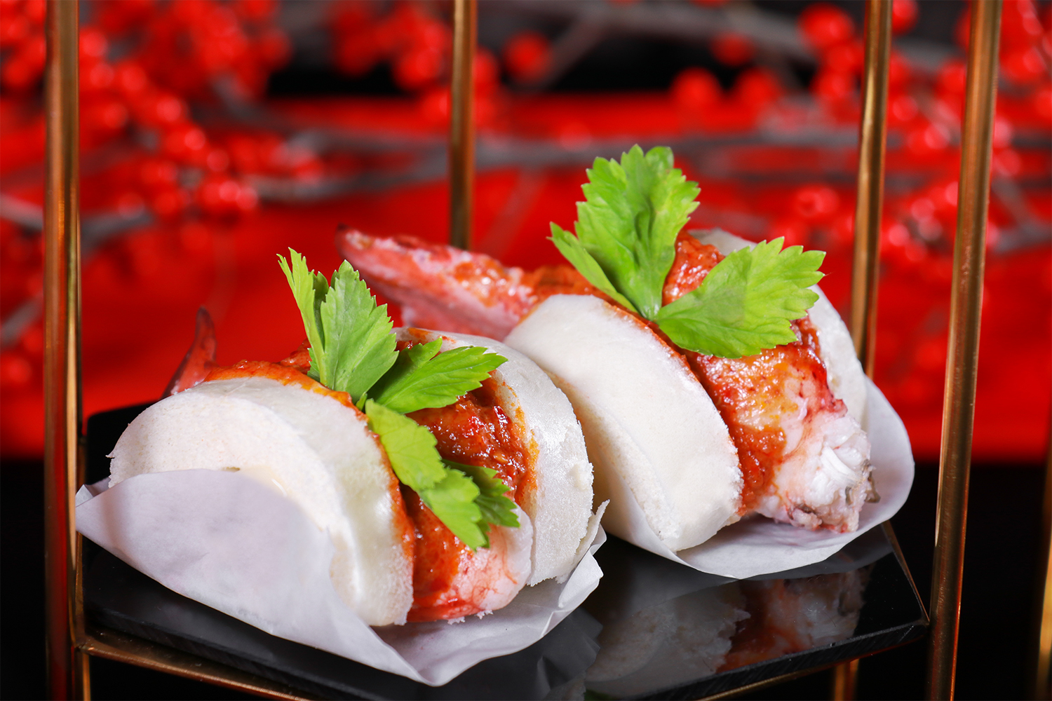 Lobster with Chili sauce in Bao.jpg