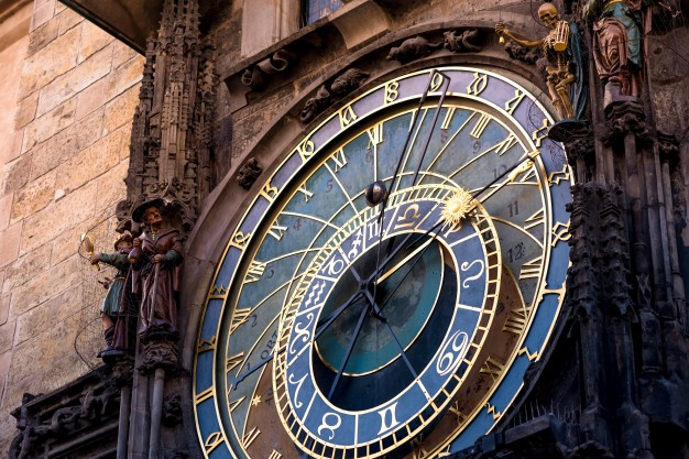 prague-astronomical-clock_1401-363.jpg